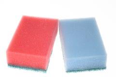 Twee geïsoleerdes sponsen Stock Afbeelding