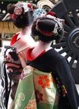 Twee geisha's Stock Afbeeldingen