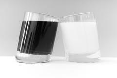 Twee glazen Royalty-vrije Stock Foto's
