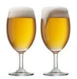 Twee glazen bier Royalty-vrije Stock Afbeeldingen