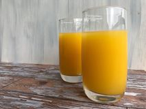 Twee glazen jus d'orange Royalty-vrije Stock Fotografie