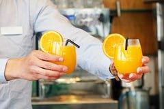 Twee glazen jus d'orange Royalty-vrije Stock Foto