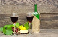 Twee glazen rode wijn Royalty-vrije Stock Afbeelding