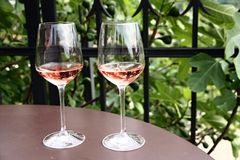 Twee glazen wijn Stock Foto's