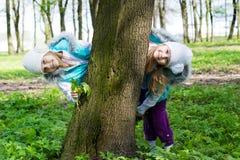 Twee grappige meisjes Stock Fotografie