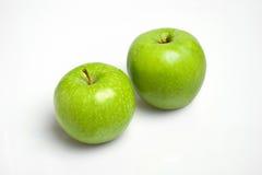 Twee groene appelen Royalty-vrije Stock Foto's