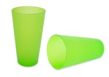 Twee groene plastic koppen Stock Fotografie