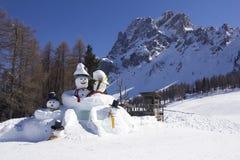 Twee grote sneeuwmannen Royalty-vrije Stock Fotografie