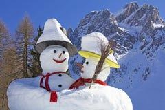 Twee grote sneeuwmannen in Sexten Royalty-vrije Stock Afbeeldingen