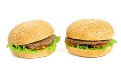 Twee hamburgers Royalty-vrije Stock Foto's