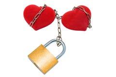 Twee harten verbonden ketting. Stock Foto's
