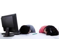 Twee het bedrijfsmensen slapen Stock Foto's