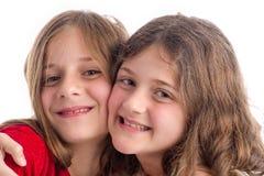 Twee het Mooie Zusters koesteren Royalty-vrije Stock Fotografie