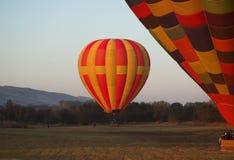 Twee hete luchtballons Stock Afbeelding