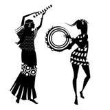Twee hippiemeisjes, silhouetten royalty-vrije illustratie