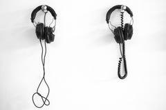 Twee hoofdtelefoons Stock Fotografie