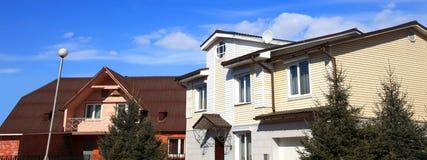 Twee huizen royalty-vrije stock foto's
