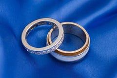 Twee huwelijks gouden ring Stock Fotografie