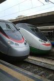 Twee Italiaanse sneltreinen stock foto's