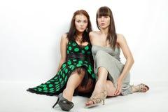 Twee jonge meisjes in ruzie Royalty-vrije Stock Foto
