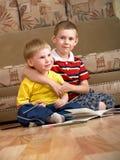 Twee jongens Royalty-vrije Stock Afbeelding