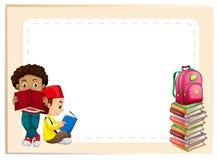Twee jongens die boeken lezen Royalty-vrije Stock Fotografie