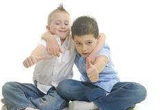 Twee jongens het spelen Stock Foto's
