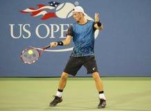 Twee keer Grote Slagkampioen Lleyton Hewitt van Australië in actie tijdens zijn laatste US Opengelijke Stock Foto's