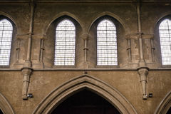 Twee kerkvensters royalty-vrije stock foto's