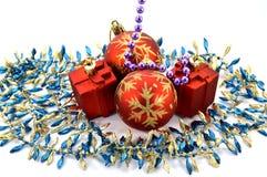 Twee Kerstmisballen Stock Foto's