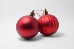 Twee Kerstmisballen Royalty-vrije Stock Foto's