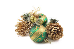 Twee Kerstmisspeelgoed en gouden buil twee Stock Foto