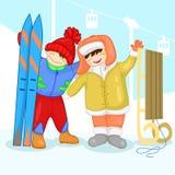 Twee kinderen met een sneeuwman Stock Afbeeldingen