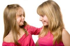 Twee klein zustersportret Stock Fotografie