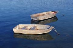 Twee kleine boten Royalty-vrije Stock Foto's