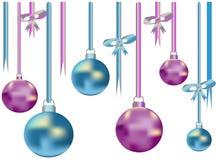 Twee kleurenlinten en ballen Stock Foto