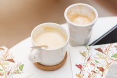 Twee koppen van koffie Royalty-vrije Stock Foto's
