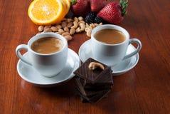 Twee Koppen van Koffie met Ð ¡ hocolate Stock Foto's