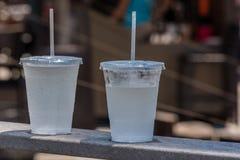 Twee koude sprankelende dranken Royalty-vrije Stock Fotografie