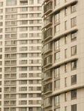 Twee lange gebouwen Royalty-vrije Stock Foto's
