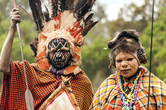 Twee Maasai met zijn geschilderd gezicht Stock Afbeelding