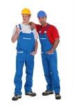 Twee mannelijke bouwers stock fotografie
