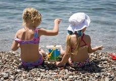 Twee meisjes 2 stock afbeeldingen
