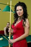 Twee meisjes in de poolclub Royalty-vrije Stock Foto