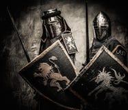 Twee middeleeuwse ridders Stock Afbeeldingen