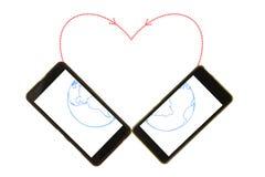 Twee mobiele telefoons worden aangesloten door gestippelde lijn stock afbeeldingen