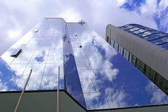 Twee moderne gebouwen Stock Foto's