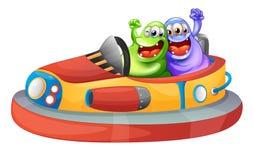 Twee monsters die met bumpcars spelen Stock Fotografie