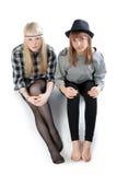 Twee mooie jonge meisjes Royalty-vrije Stock Afbeeldingen