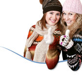 Twee mooie meisjes met hand groot gebaar royalty-vrije stock afbeelding